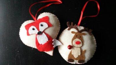 Kersthangers van vilt gemaakt door Jolanda Verschelling