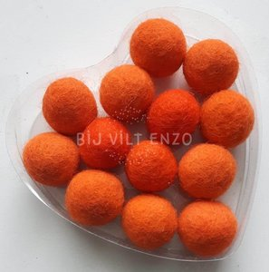 Viltkralen Oranje Bij vilt enzo