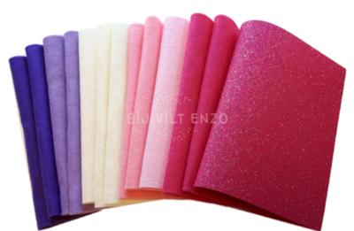 Viltpakket Glittervilt en Knutselvilt Roze Bij vilt enzo